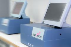 Clinical Array CAR Reader unidad lectora de matriz colorimétrica